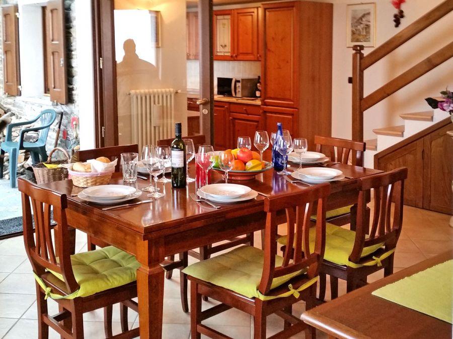 villa mataross ferienhaus am comer see ferienh usern oberitalienische seen casalario. Black Bedroom Furniture Sets. Home Design Ideas